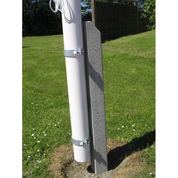 Færdigt arbejde 6 m st. glasfiber m. betonfod, spændebeslag, dannebrog, vimpel & montage. eks. fragt