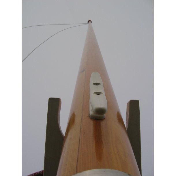 8 m Limtræsflagstang, skibslakeret
